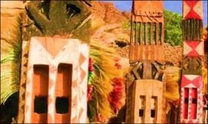 Dogondansere med masker fra Irelli, Mali.